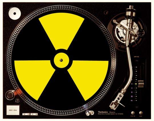 Radioactive black / yellow